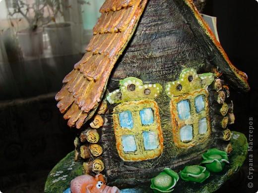 Домик в деревне (папье-маше) фото 5