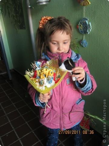 Конфетный букетик в подарок воспитателям. фото 1