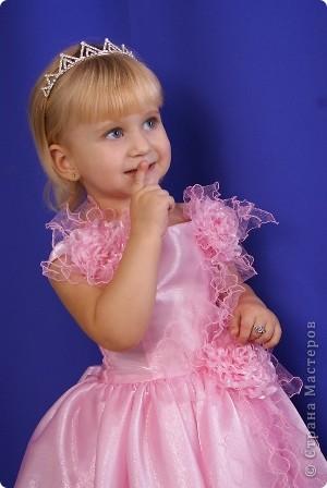 После рождения внучки Ксенечки у меня появилось желание сшить что-нибудь для нее,вот наше первое платье фото 5