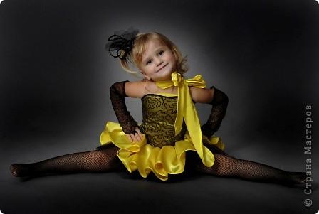 После рождения внучки Ксенечки у меня появилось желание сшить что-нибудь для нее,вот наше первое платье фото 8