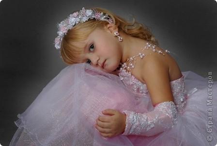 После рождения внучки Ксенечки у меня появилось желание сшить что-нибудь для нее,вот наше первое платье фото 11