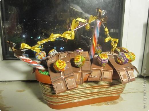 пиратский кораблик из чупачусов и лотереии в виде шоколадных плит!*) фото 1