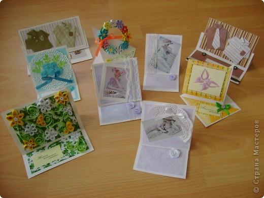 Скоро праздник День Учителя. Лена взяла на себя обязанность изготовления открыток для своих учителей.Вот уже сколько, но ещё не всем фото 1