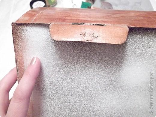 Девочки,помогите,пожалуйста! Задумала из этой коробки сделать сундучок моим мужчинам под разные наушники для сот тел,гарнитур и пр фото 5