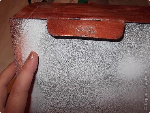 Девочки,помогите,пожалуйста! Задумала из этой коробки сделать сундучок моим мужчинам под разные наушники для сот тел,гарнитур и пр фото 6