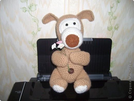 Коллега увидела на подарочном пакете фото игрушки и попросила связать такую же....)))) фото 3