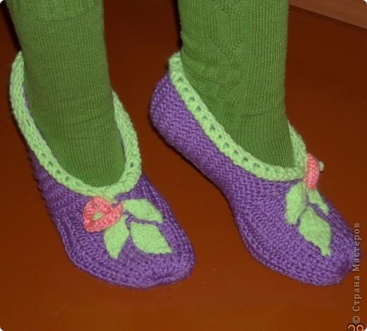 не обращайте внимания на зеленые ноги, главное на этом фото Тапочки