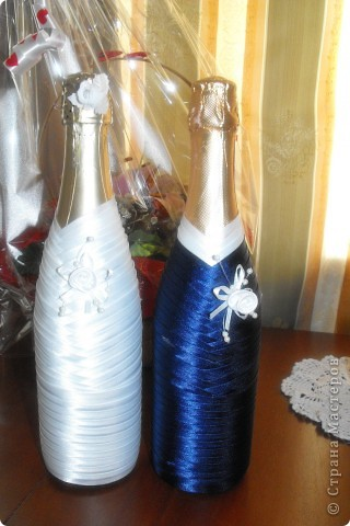 мои первые бутылочки на свадьбу - подарила сестре (вроде понравилось) ;)  (со вспышкой) фото 1