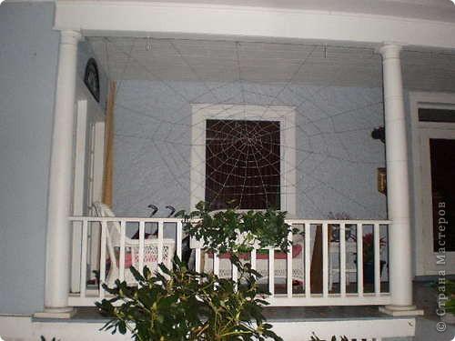Скоро Хэлоувин, и кто-то может захотеть украсить свой дом страшным декором. фото 2