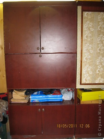 Обои шелкография, лежал остаток, решила обновить шкаф. фото 2