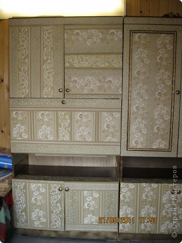 Обои шелкография, лежал остаток, решила обновить шкаф. фото 3