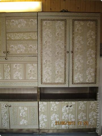 Обои шелкография, лежал остаток, решила обновить шкаф. фото 4