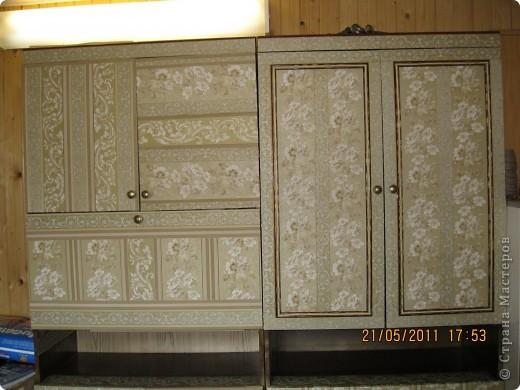 Обои шелкография, лежал остаток, решила обновить шкаф. фото 5