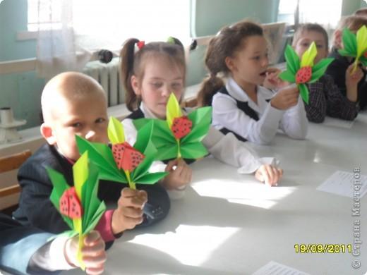 Детки делают кленовые листики. фото 5
