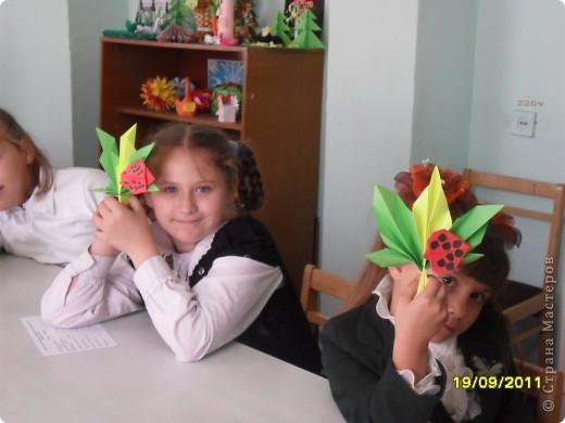 Детки делают кленовые листики. фото 4