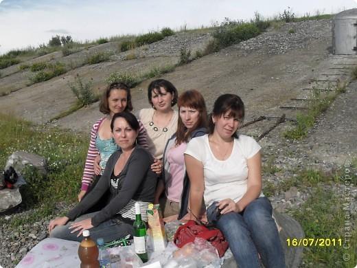 Этим летом у меня была встреча одноклссниц, встетились 5 подружек. Одна подруга прилетала в гости из Германии и привезла оттуда их коктели в маленьких бутылочках. ну думаю сделаю девченкам сюрприз, перед отъездом я их им подарила. фото 4