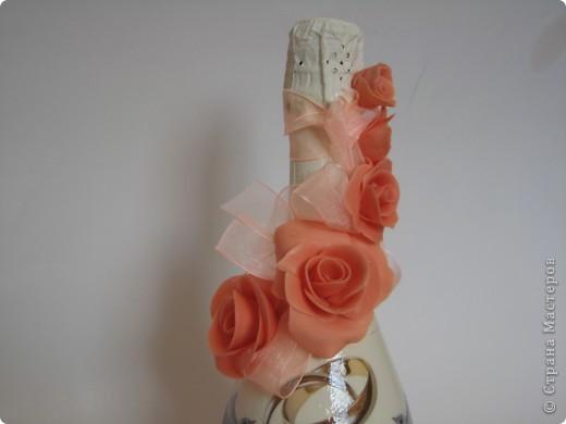 Свадебная бутылка, выполнена на заказ в технике декупаж и лепка из холодного фарфора фото 2