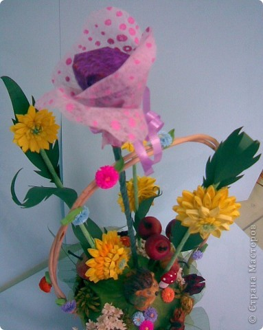 Корзинка, квиллинг, сухоцвет, декоративные яблоки, конфета, ежик и немного фантазии...:)))) фото 3