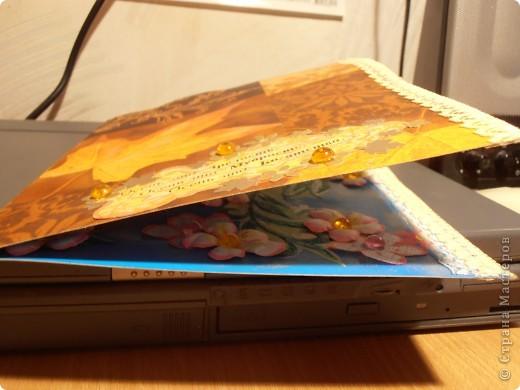 """Решила я в добавок к бутылочке , оформить открыточку.............надо сказать , что это первая в моей практике открыточка........как-то я очень спокойно к открыткам отношусь.......не в смысле прикладного и изготовления...........а так ............ так сказать и """"по жизни"""".........а тут юбилей ............. фото 6"""