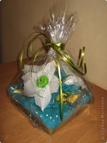 Вот такой букет из конфет получился в подарок Любоньке на День Веры, Надежды, Любви :) фото 1