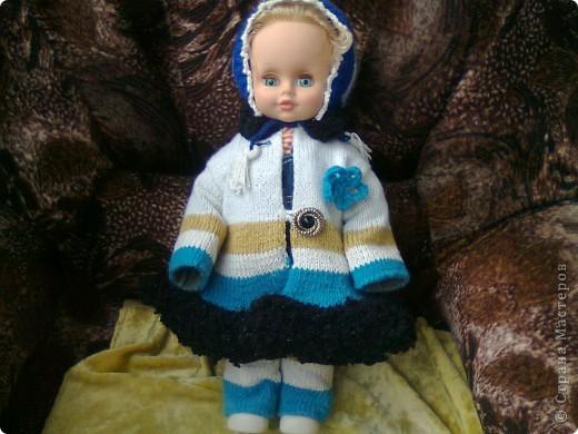 Вязаное польто для куклы фото 1