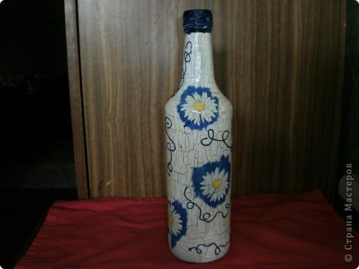 """Наконец решилась на бутылочки. Кракелюр делала на клей, очень понравилось. А вот с яхтным лаком """"пролетела"""", дает сильную желтизну. фото 1"""