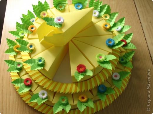 Торт 2-х ярусный из 30 кусочков,в каждом кусочке конфетки! фото 3