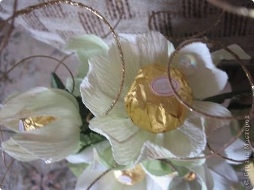 Вот такой букет из белых лилий выполнен на заказ ко Дню Учителя. фото 4