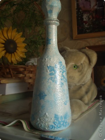 Вот такая получилась зимняя бутылочка... фото 2