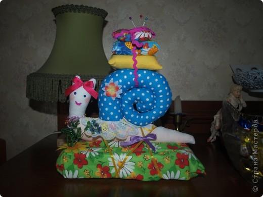 Эту забавную улитку я подарила бабушке Оле на День рождения.