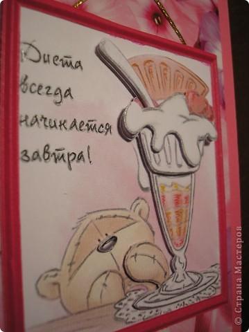 Снова шоколадницы. На тему женских слабостей. Ещё одна картинка с мишкой есть у меня в более ранней работе http://stranamasterov.ru/node/245239 . Там есть ссылка на первоисточник картинок. МАРСАМ большое спасибо за такую находку! фото 4