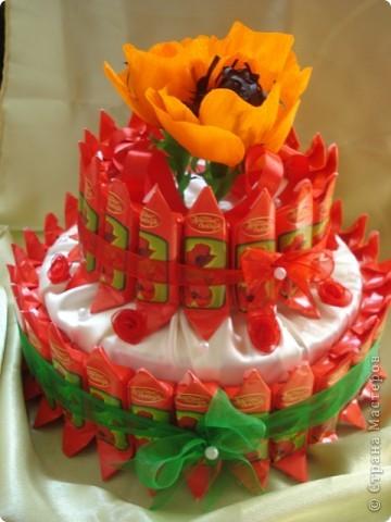 Мой первый сладкий торт, да и вообще первая работа в этой технике. Спасибо мастерицам за МК. фото 2