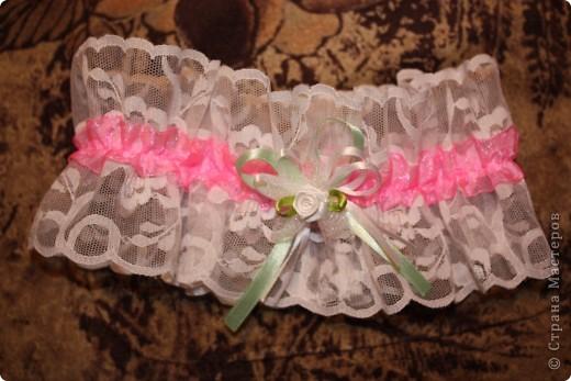 Вот такую подвязку я сшила подруге на свадьбу. фото 2