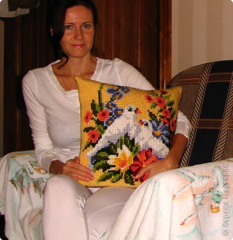 подушка в подарок сестре (всё та же любимая фирма Vervaco)