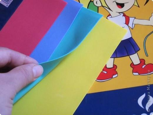 """Всем доброго времени суток! Недавно купила вот такую бумагу """"Papier Mousse """", похожа немного на прорезиненную. Очень мягкая, прекрасно сгибается и режется как по маслу, мне она очень понравилась.  фото 2"""