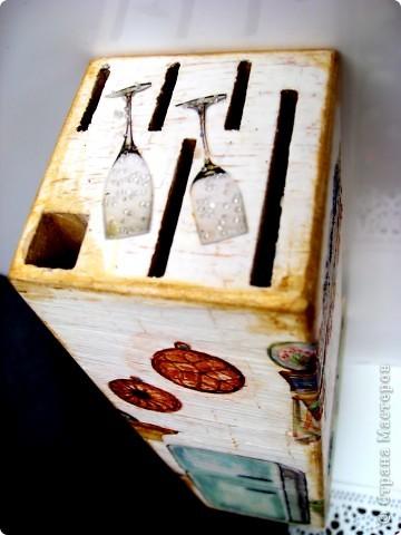 Работы мастериц СМ обратили внимание на мою старенькую подставку для ножей. Здесь уже обновленная, фото 9
