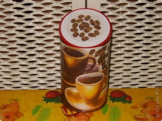 Теперь я уже с маленькими баночками из-под кофе, салфетка, шебби, лак. фото 4