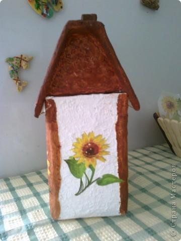 Мой чайный домик. Ма мой взгляд,получился очень симпатичный и домашним нравится. Осталось только лаком покрыть. фото 2