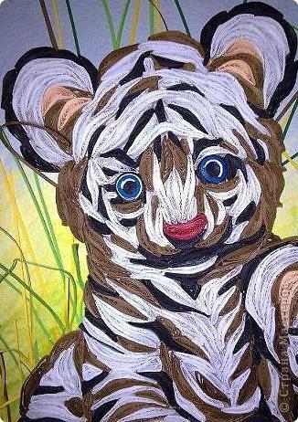 """Дорогие мастерицы, спешу поделиться новой работой. Делалась долго, трудно, но с большим желанием. С полосками нужного цвета проблемы. Спасибо рукодельниыам, чьи работы со взрослыми тиграми и львами мне помогли """"созреть"""" на эту работу. фото 2"""
