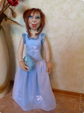 Кукла Жасмин. Это она уже одета в вечернее платье фото 1