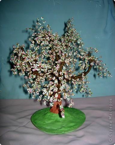 Поделка изделие Бисероплетение Деревья из бисера Бисер фото 3.