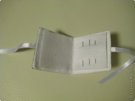 бискорню и книжечка  для  иголок  фото 2