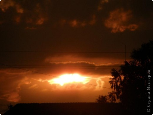 Ніби стався вибух десь у небі фото 2