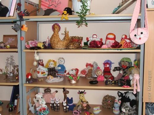 Вот, так выглядит выставка работ в моём кабинете) фото 1
