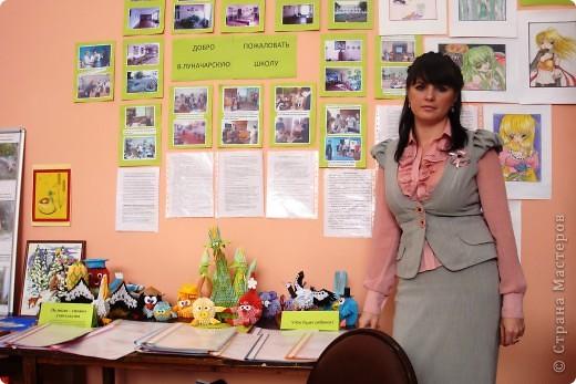 5 октября В России отмечается профессиональный праздник День Учителя. Эта поделка была сделана специально к этому дню. фото 4