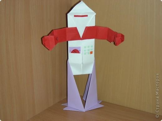 выставке посвящённая году космонавтики                       Алина