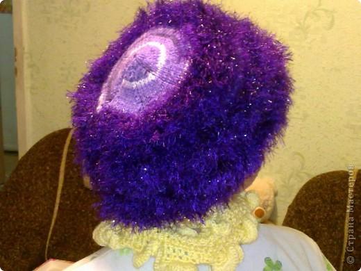 Насмотрелась я на шапочки Ирундик http://stranamasterov.ru/node/250757?c=favorite ....и решилась повторить ее пушистую шапочку фото 1