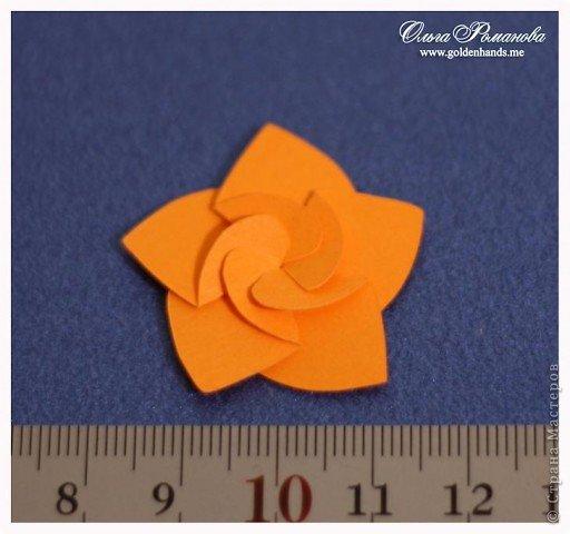 Бумажные цветочки складные (часть 2)