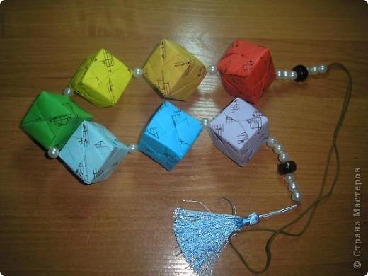 Всем привет! Сынулька учиться в польском классе (первый). Вот и я учу с ним слова. Оказываеться по польски кубики - клёцки. И еще они в классе рисовали радугу красками и карандашами. Вот и созрело такое решение. Получились музыкальные клёцки :)) фото 2