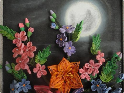 Луна в цветах фото 4